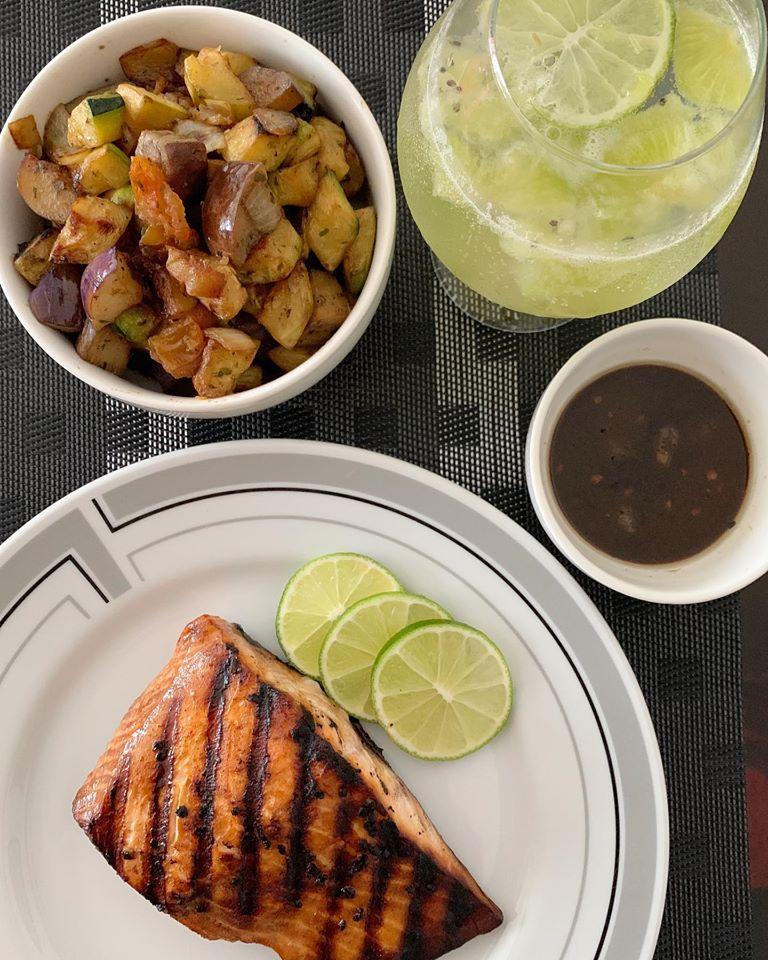 Pan grilled pink salmon,ratatouille and Kiwi lemon punch