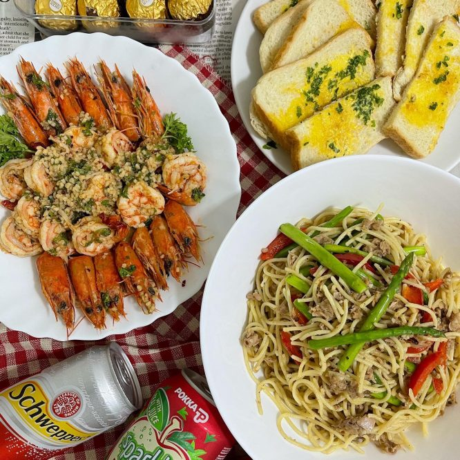 Tuna Pasta with Asparagus and Gambas al Ajillo