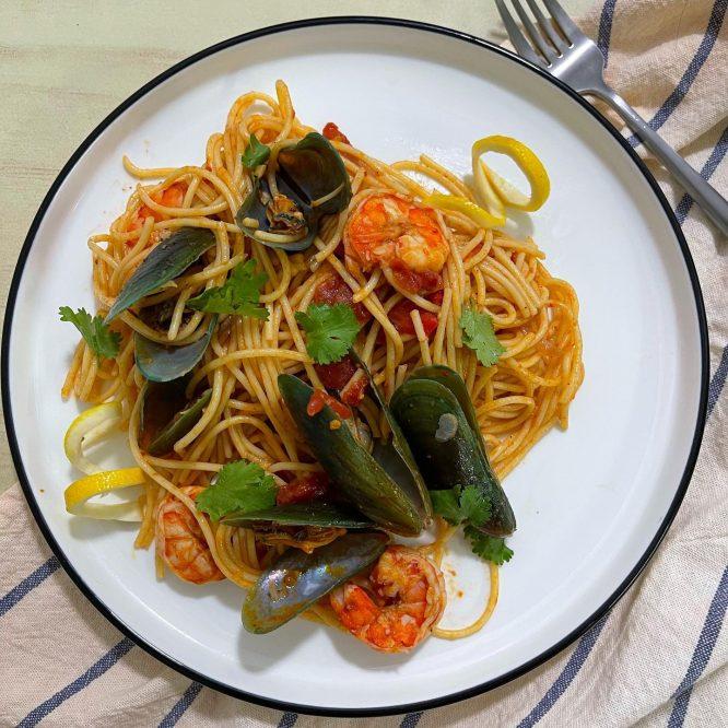 Spaghetti Frutti di Mare - House of Hazelknots