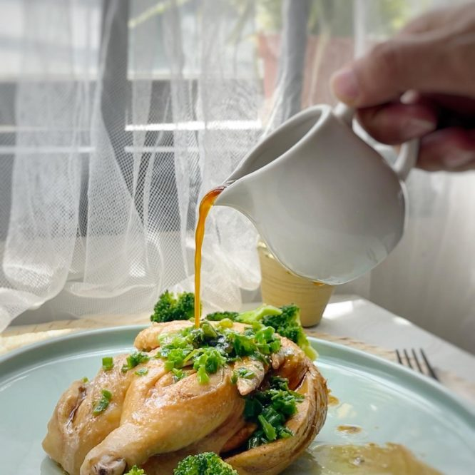 Chinese style steamed chicken with broccoli - House of Hazelknots
