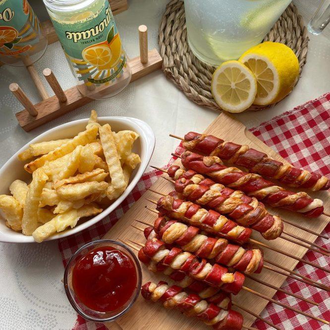 American Snack - Tornado Hotdogs - House of Hazelknots