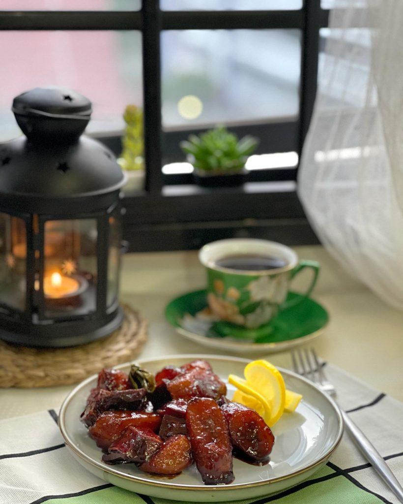 Caramelised banana with lemon drizzle and black coffee - House of Hazelknots
