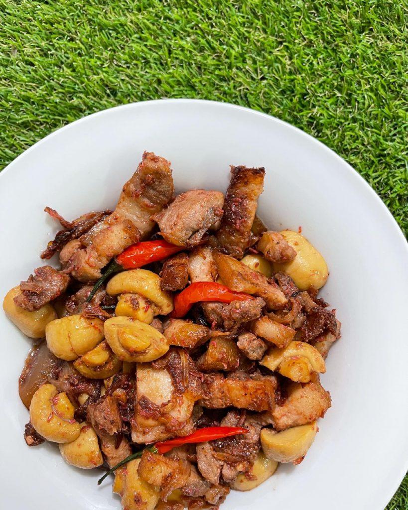 Spicy Pork Binagoongan - House of Hazelknots